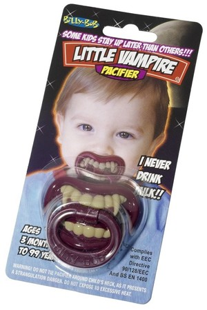 Биберони със зъби-вампирче, Куку МагЪзин